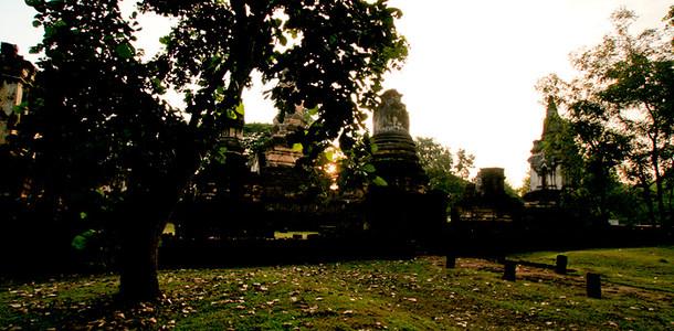 sukhothai_top_06